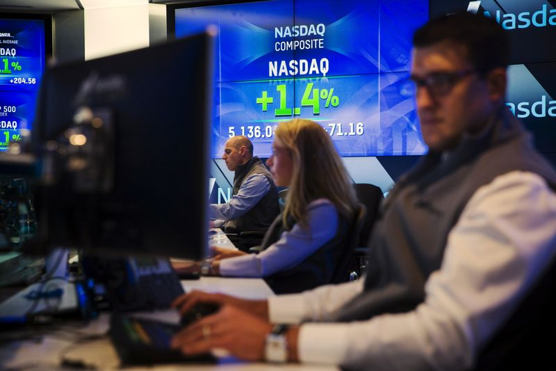Analysis-How Wall Street's hottest dealmaking trend fizzled