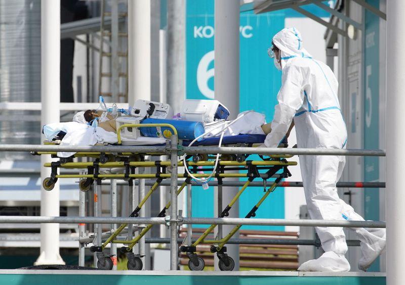 Число новых случаев коронавируса в РФ вновь подбирается к 20.000
