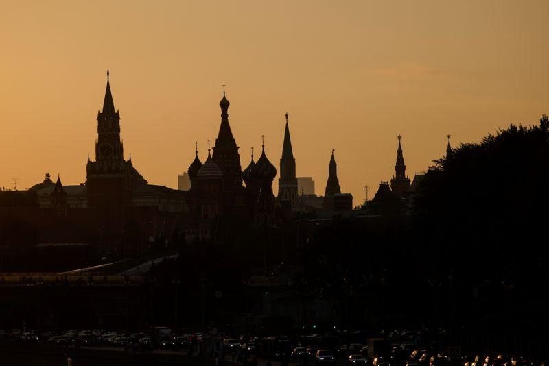 Кремль приветствует решение Apple и Google удалить приложение Навального