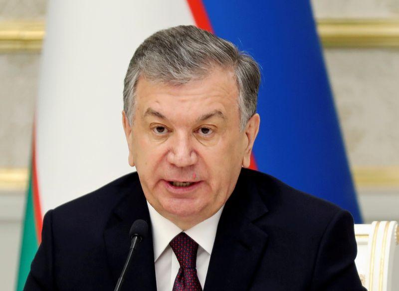 أوزبكستان تناشد الدول الإفراج عن الأرصدة الأفغانية