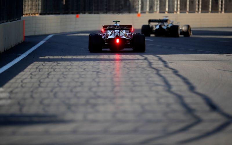 Vaga na Alfa Romeo pode atrair primeiro piloto chinês na F1