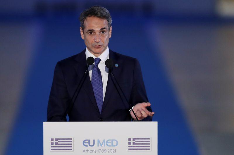 رئيس وزراء اليونان لرويترز: ثمن تجاهل أزمة المناخ