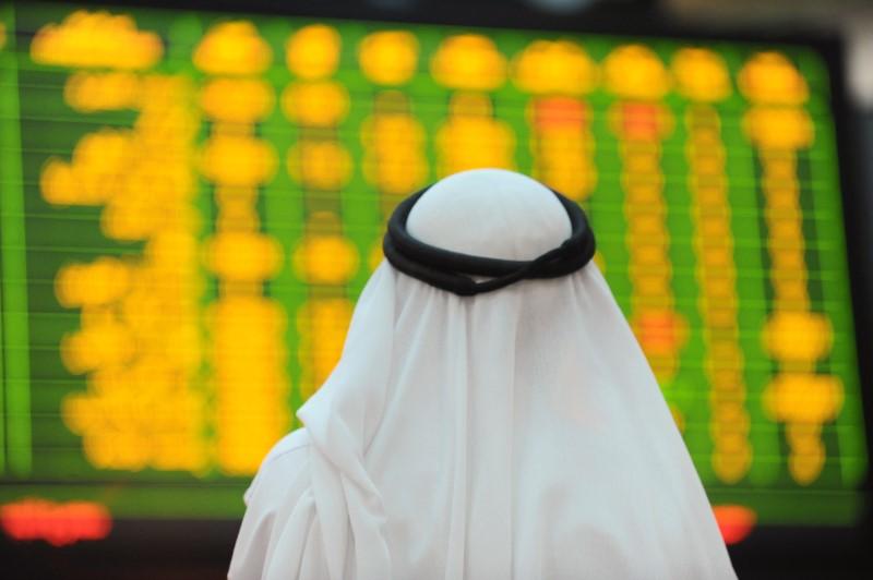 أداء متباين لبورصات الخليج وأبوظبي تنزل بعد ارتفاع قياسي