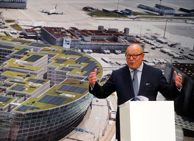 Flughafen Zuerich chairman sees business travel rebound in 2022 -paper