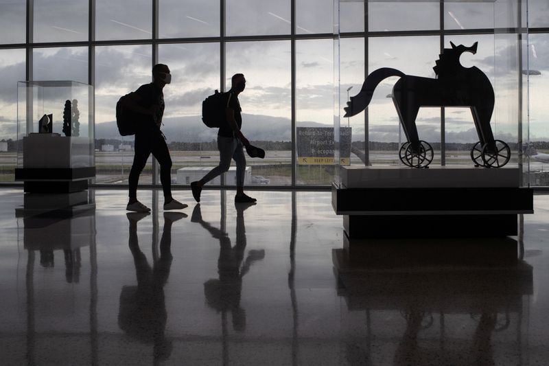 U.S. to relax travel restrictions for vaccinated foreign air travelers in November