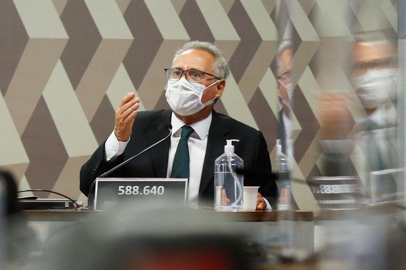 Renan adia apresentação de relatório da CPI da Covid