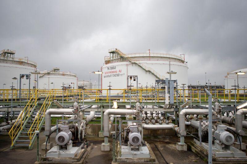 حجم واردات ألمانيا من النفط في 7 أشهر ينخفض 7.9% لكن الفاتورة تقفز 29.7%