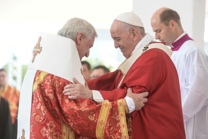 Slovak bishop who met Pope Francis last week tests positive for COVID