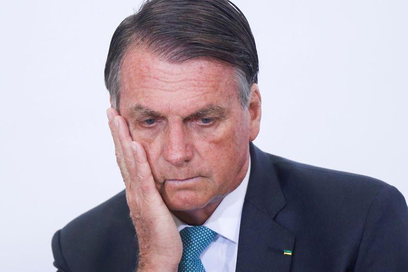 Bolsonaro faz audiência virtual e cancela viagem depois de recomendação de quarentena pela Anvisa