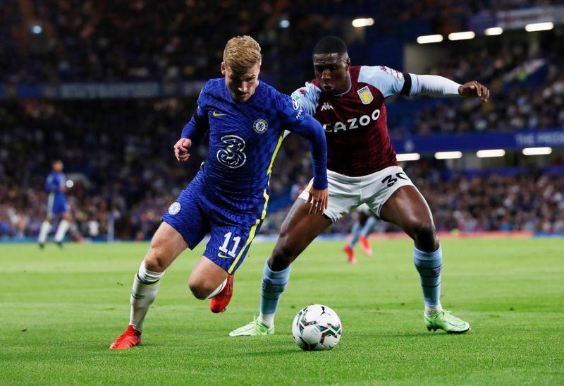 Chelsea bate Aston Villa nos pênaltis na Copa da Liga; Manchester United é eliminado