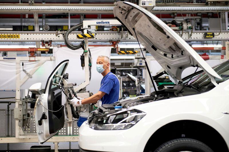 独PMI速報値、9月は製造・サービスともに低下 成長踊り場