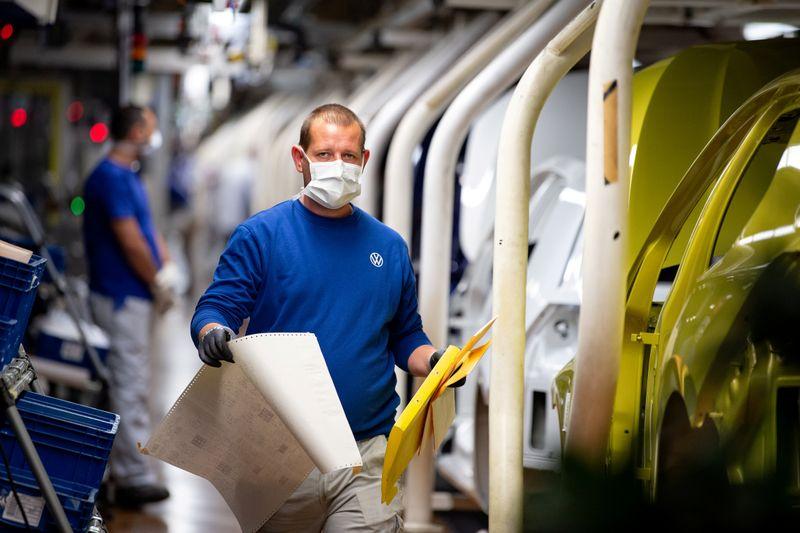 ユーロ圏総合PMI、9月も低下 投入コスト20年ぶり高水準