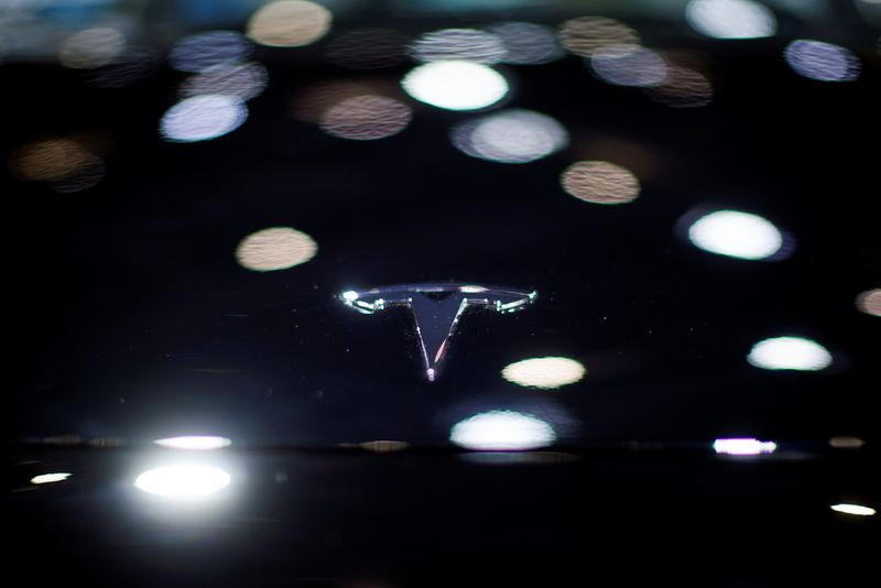 San Francisco raises Tesla 'self-driving' safety concerns as public test nears