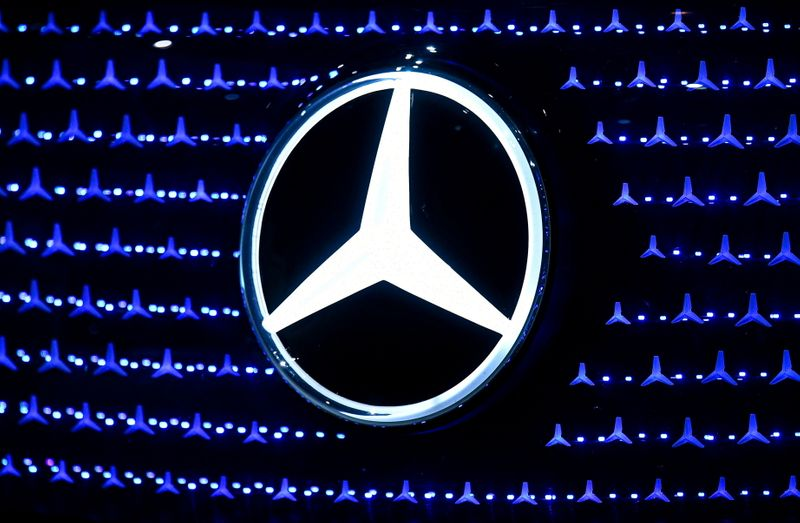 Daimler expands European battery network with 33% stake in ACC venture