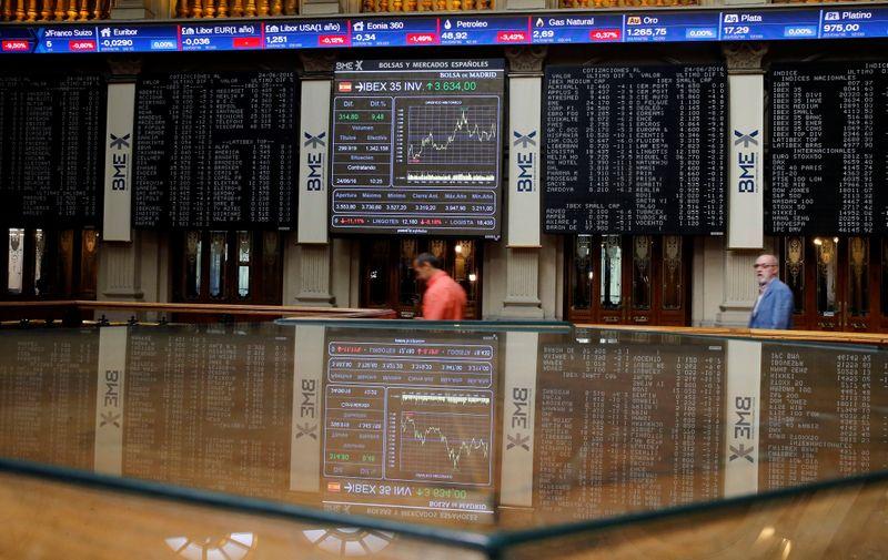 La bolsa española cierra la semana en rojo ante las dudas por Evergrande