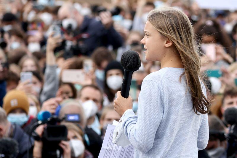 グレタさんら若者が世界各地で気候変動デモ、コロナ後最大規模