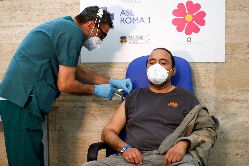 إيطاليا تسجل 50 وفاة جديدة و3525 إصابة بفيروس كورونا