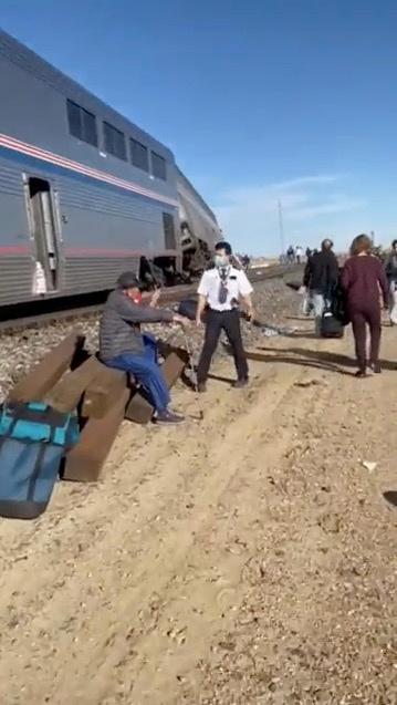 U.S. agency to probe Amtrak derailment that killed 3 in Montana