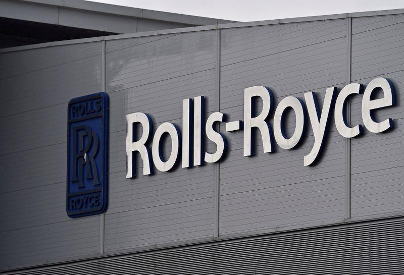 U.S. picks Rolls-Royce for B-52 engines in potential $2.6 billion deal