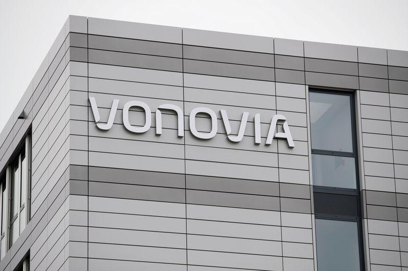 Vonovia reaches threshold for Deutsche Wohnen takeover