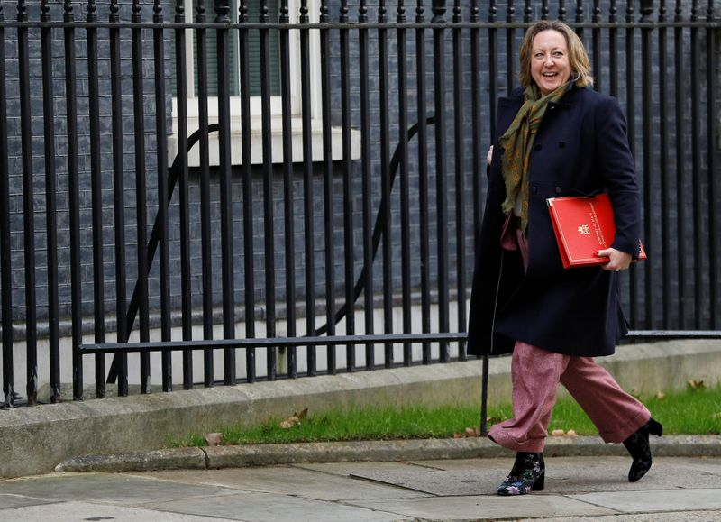 UK to start talks on joining trans-Pacific trade pact