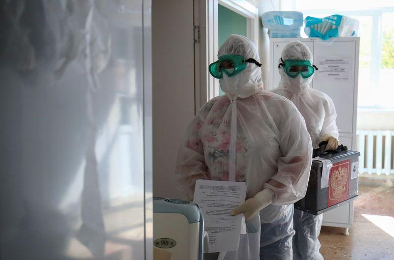 Россия зарегистрировала новый суточный рекорд смертей от коронавируса