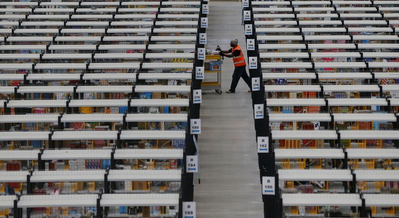 Amazon UK to hire 20,000 temporary workers for Christmas season