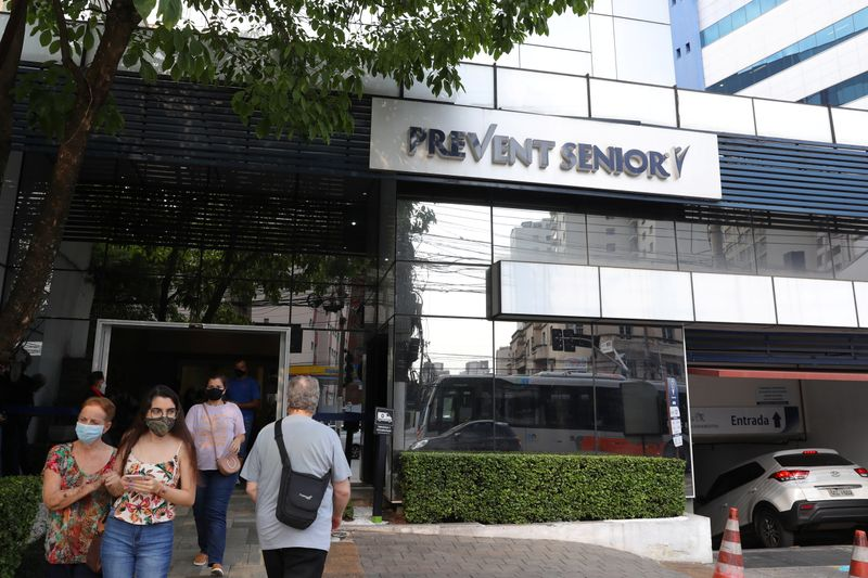 Cadena de hospitales de Brasil ocultó muertes por COVID-19, dice abogado de denunciantes al Senado