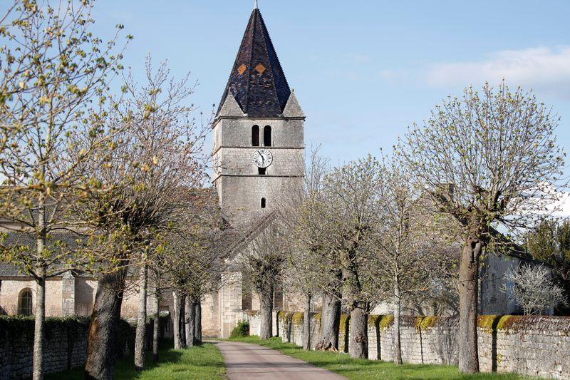 Igreja Católica francesa estima que teve 3 mil pedófilos desde 1950
