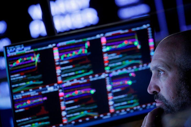 Wall Street termina abruptamente más alto mientras Big Tech vuelve a rugir