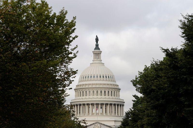 Senado dos EUA aprova aumento temporário do teto da dívida e evita calote