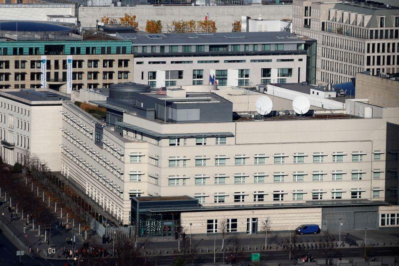 Polícia de Berlim investiga casos de