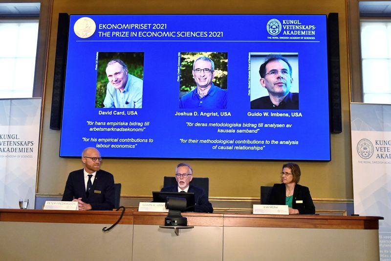 Nobel economics prize goes to 'natural experiments' pioneers
