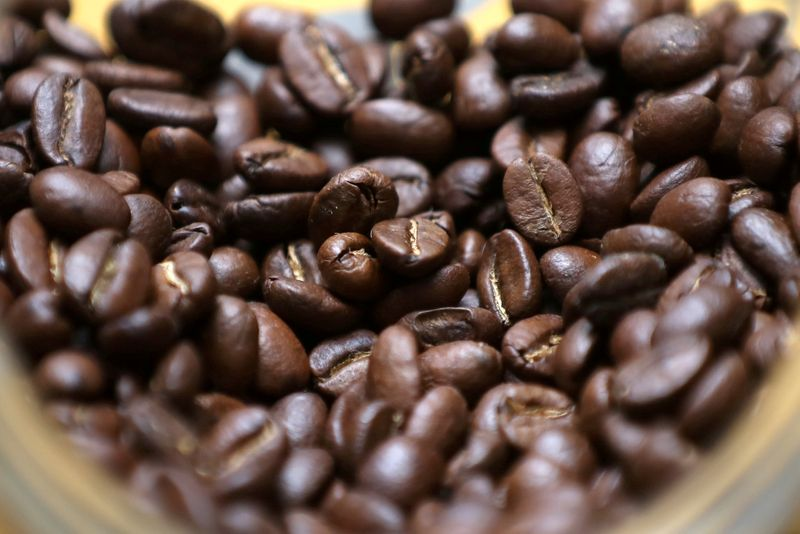 Exclusive: Major coffee buyers face losses as Colombia farmers fail to deliver