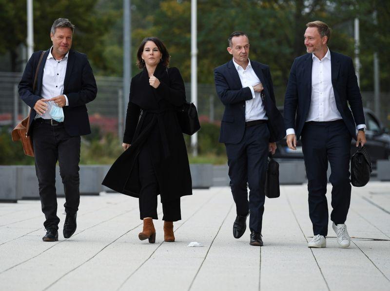 Conversas avançam e SPD deve liderar nova coalizão na Alemanha