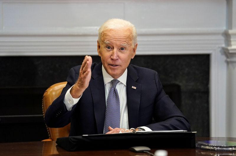 Biden enlists Target, Walmart to fix bottlenecks threatening holiday sales