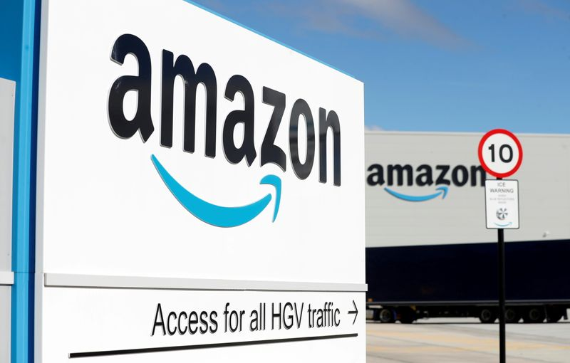 UK drivers delivering for Amazon seek employee rights
