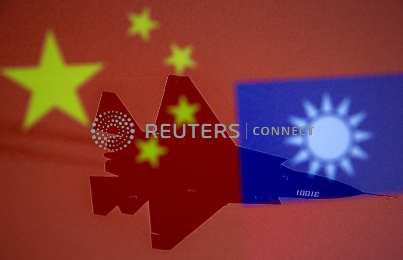 Taiwan alerta para China não se aproximar e Pequim defende exercício militar