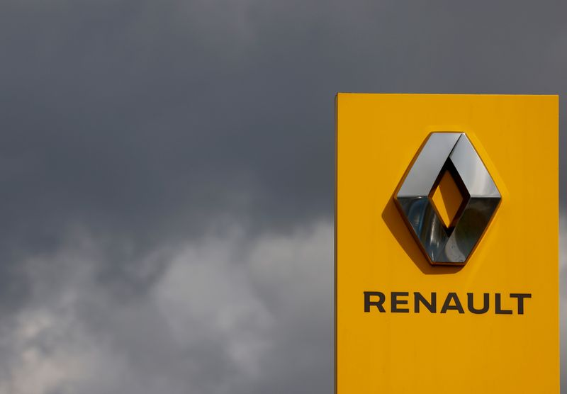 Renault plans move to rented HQ as it aims to cut costs-spokesperson