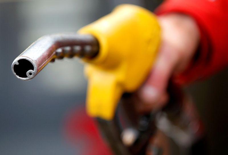 Câmara aprova projeto que fixa ICMS sobre combustíveis, texto vai ao Senado