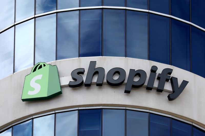 Shopify enlists Microsoft, Oracle for business tools on app
