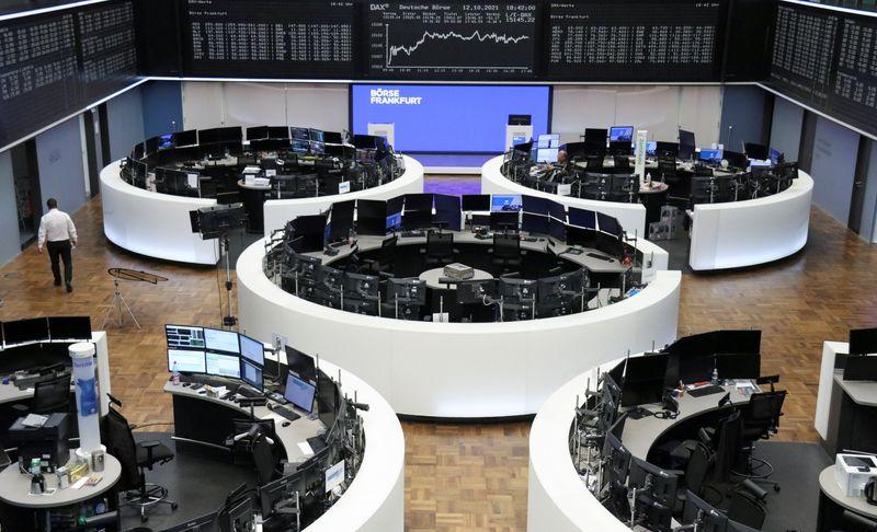 L'optimisme des bénéfices pousse les actions européennes à des sommets de deux semaines