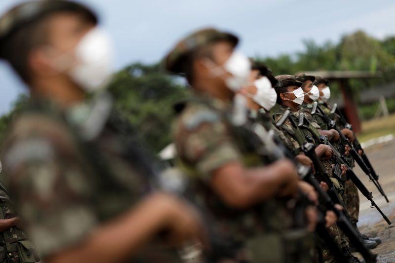 Bolsonaro autoriza presença temporária de forças dos EUA no país para exercício militar