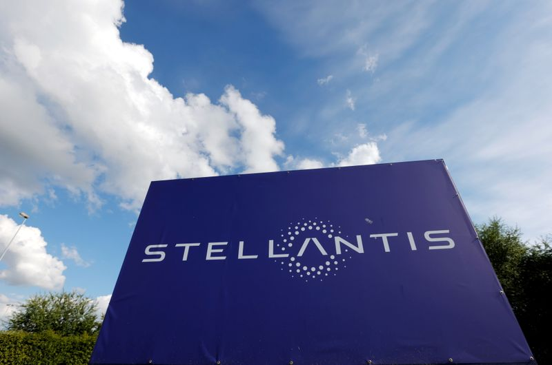 Premium brands will be first for restructure of Stellantis dealers' network