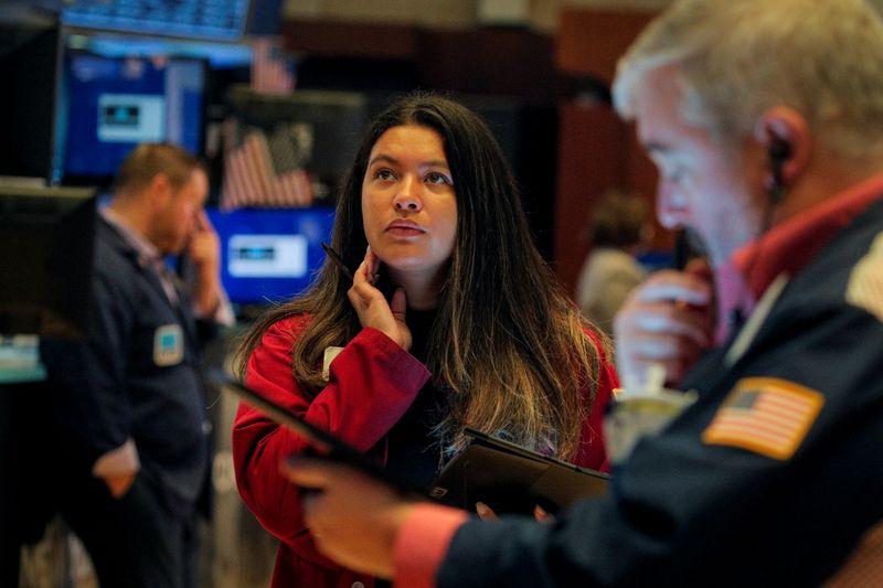 Фьючерсы растут благодаря отчетности банков, после статистики