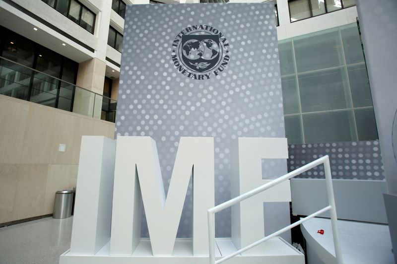 IMF steering committee to call for vigilance on inflation-draft statement