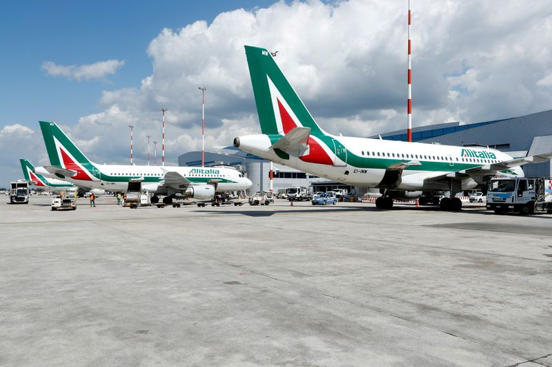 Alitalia dies after 75 turbulent years, hands over to ITA By Reuters