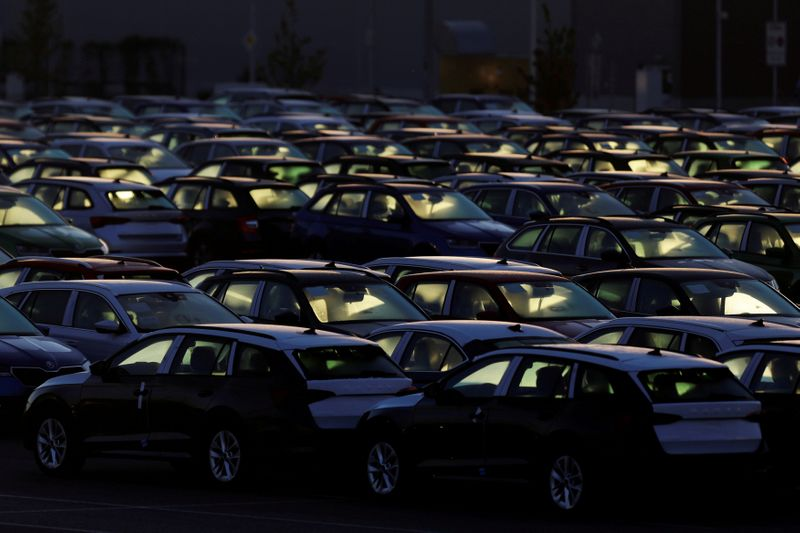Czech car sector to make 250,000 fewer vehicles this year due to chip shortage