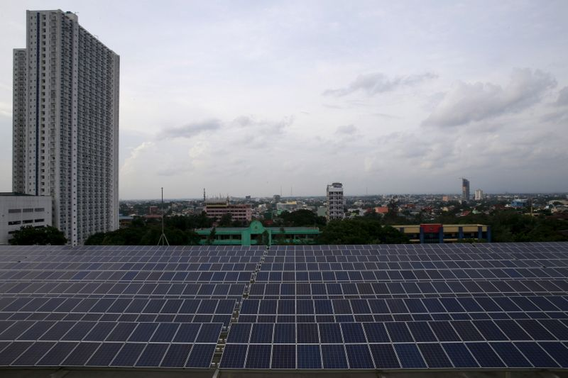 Southeast Asian nations tout green power links ahead of COP26 By Reuters