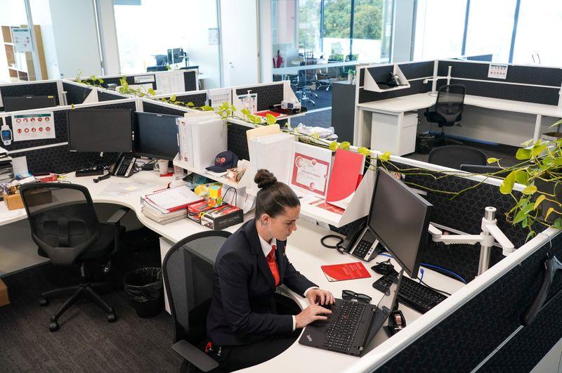 Lights on, nobody applying: skills shortage bites as Australia reopens